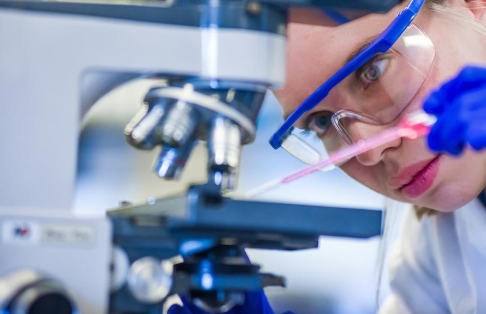 """2021 comienza con novedades en investigación en Esclerosis Múltiple: se estudia posible """"vacuna de ARNm"""""""